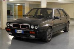 Lancia Delta Integrale HF noire